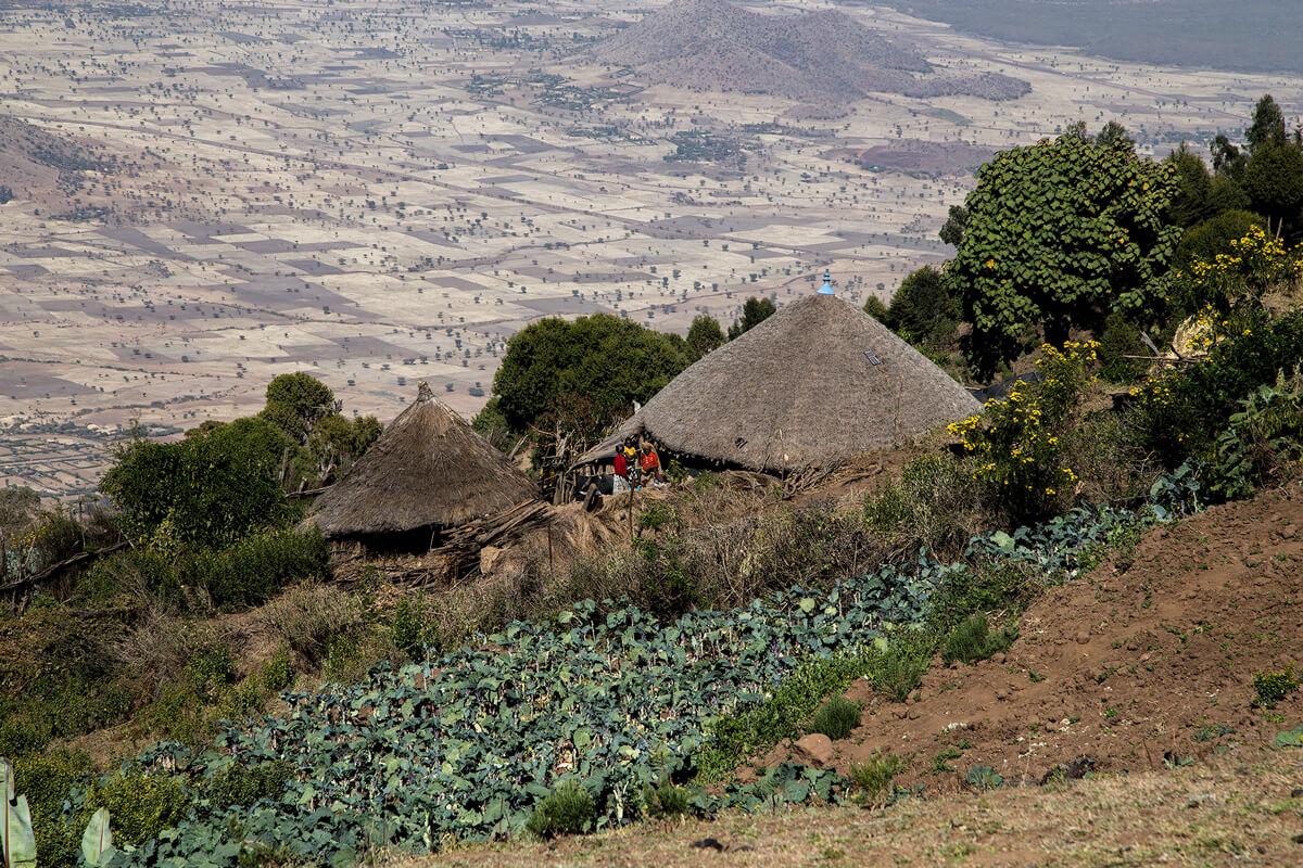 Bishoftu-ziquala-mount-lake-monastery-village-cabage-ethiopia-adventuresinethiopia