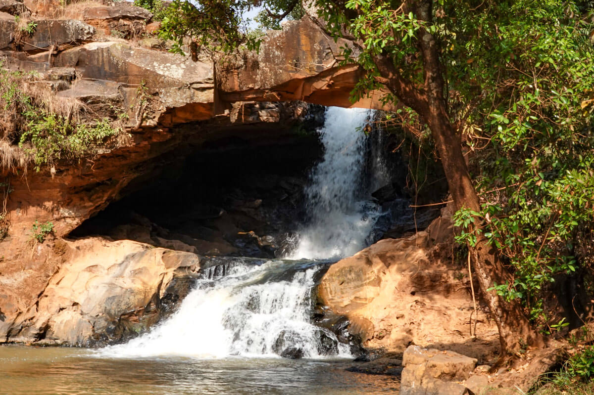 Gesuba-waterfall-cascada-sodo-ethiopia-adventuresinethiopia