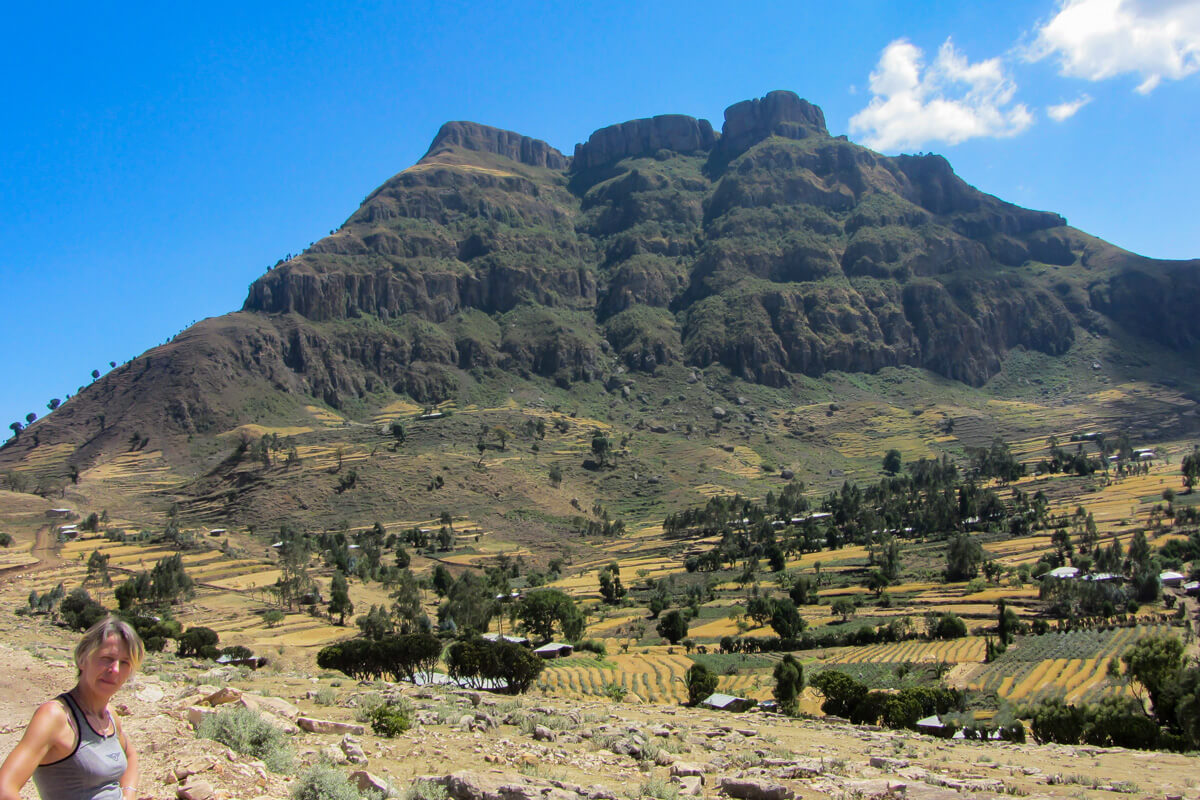 Kundudo-mountain-treking-landscape-fields-ethiopia-adventuresinethiopia