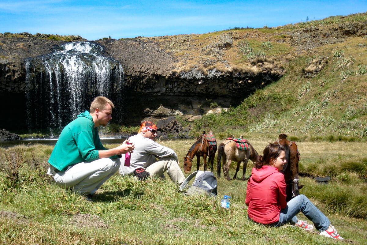 bale-mountains-waterfall-web-river-ethiopia-adventuresinethiopia