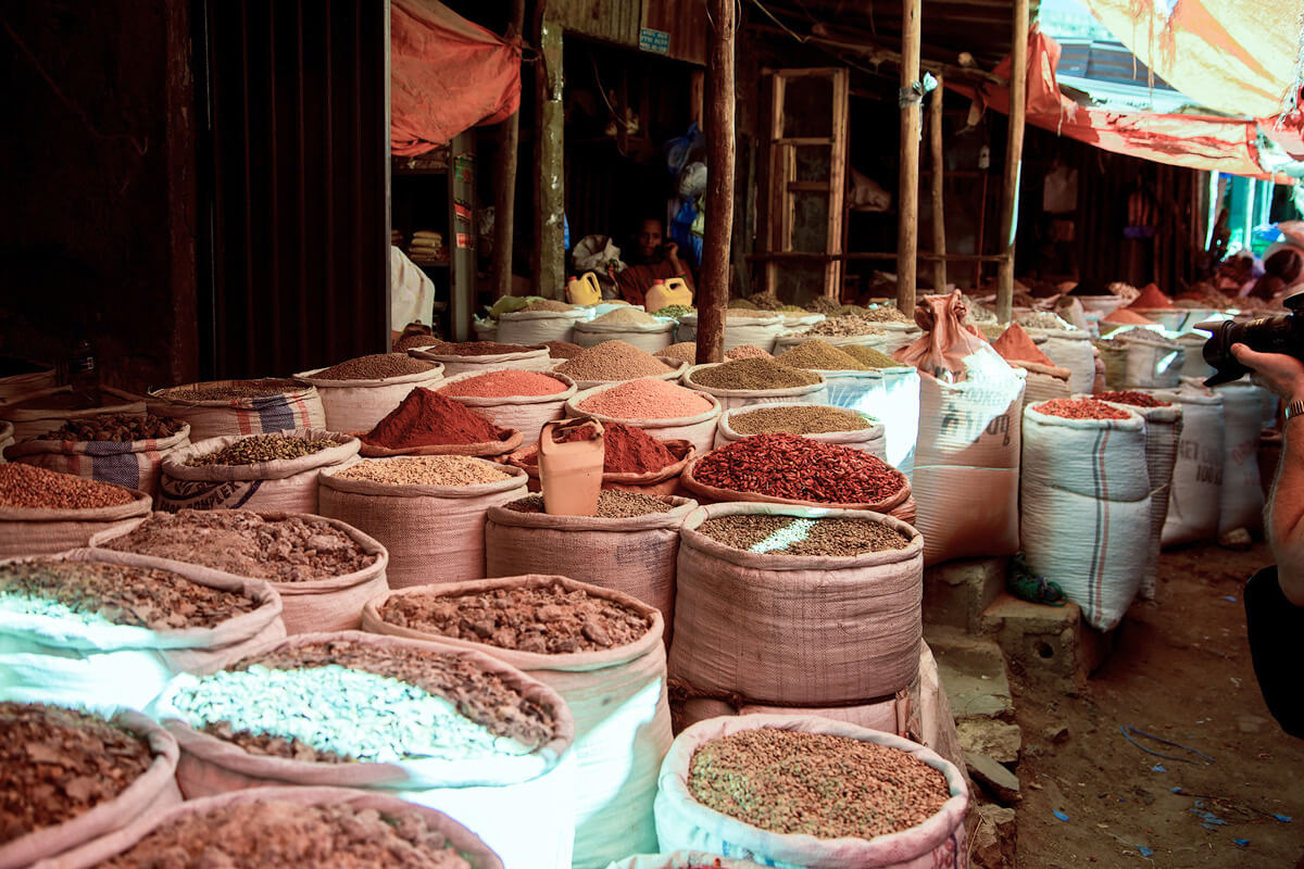 berbere-market-harara-lockal-spices-ethiopia-adventuresinethiopia