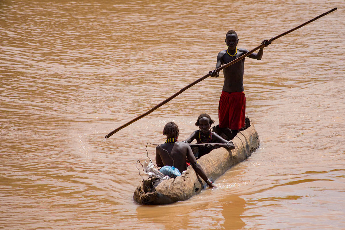 dassenech-tribe-omo-valley-river-boat-village-crocodile-people-folks-ethiopia-adventuresinethiopia