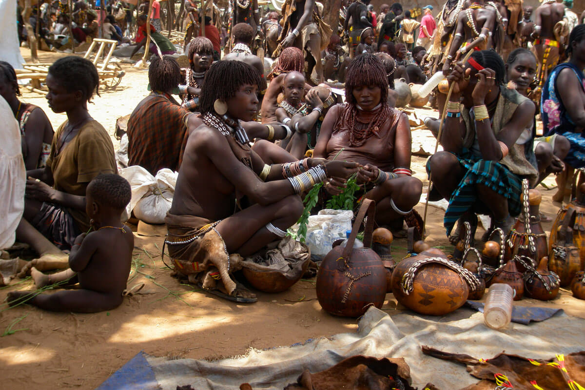 hamer-people-chaild-skin-tribe-market-day-omo-valley-turmi-ethiopia-adventuresinethiopia