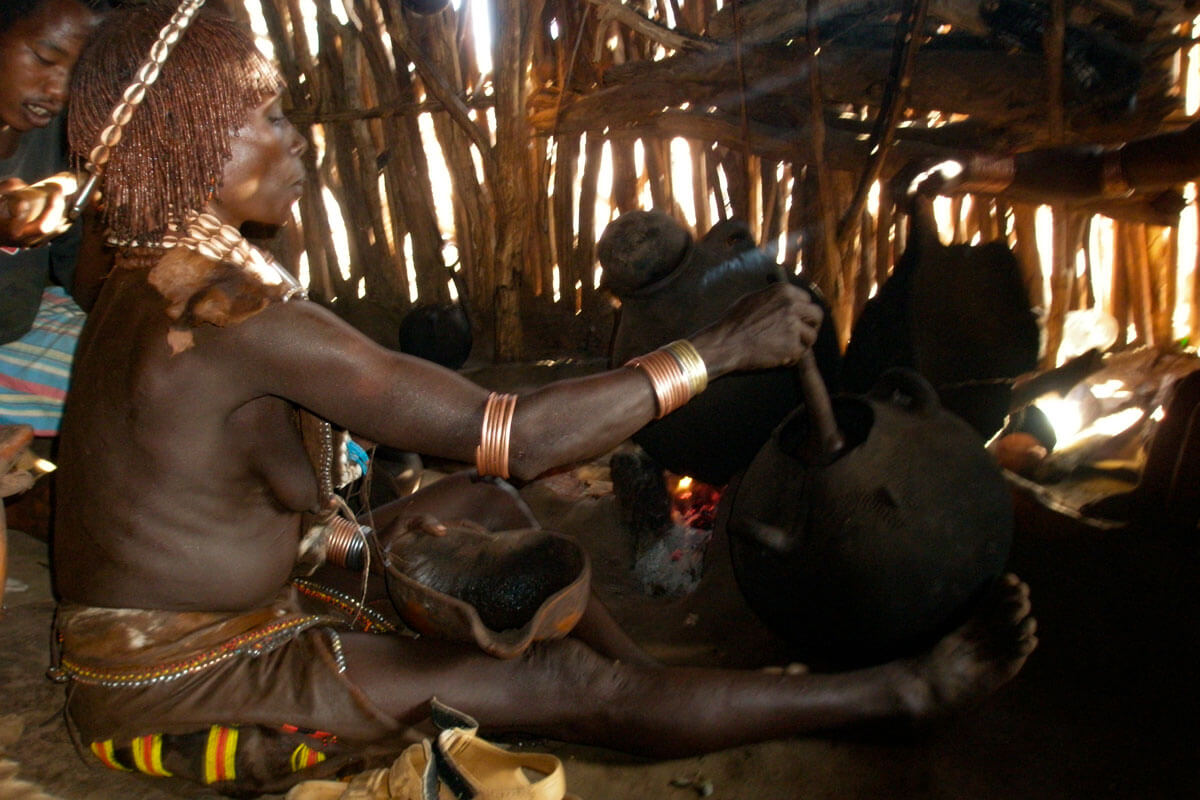 hamer-people-tribe-coffee-day-omo-valley-turmi-ethiopia-adventuresinethiopia