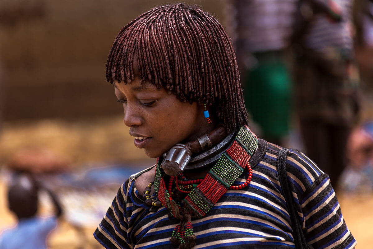 hamer-people-tribe-market-day-omo-valley-turmi-ethiopia-adventuresinethiopia