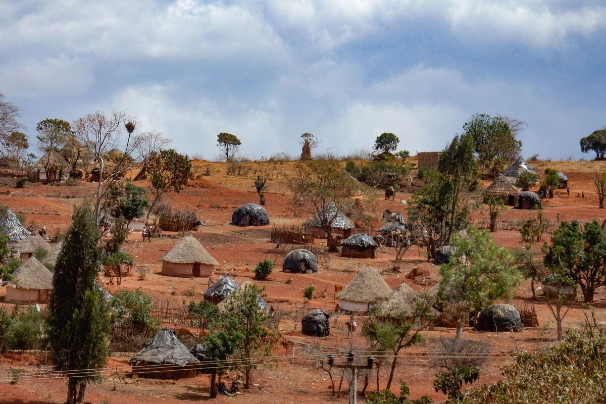 houses-south-village-yabello-ethiopia-adventuresinethiopia-