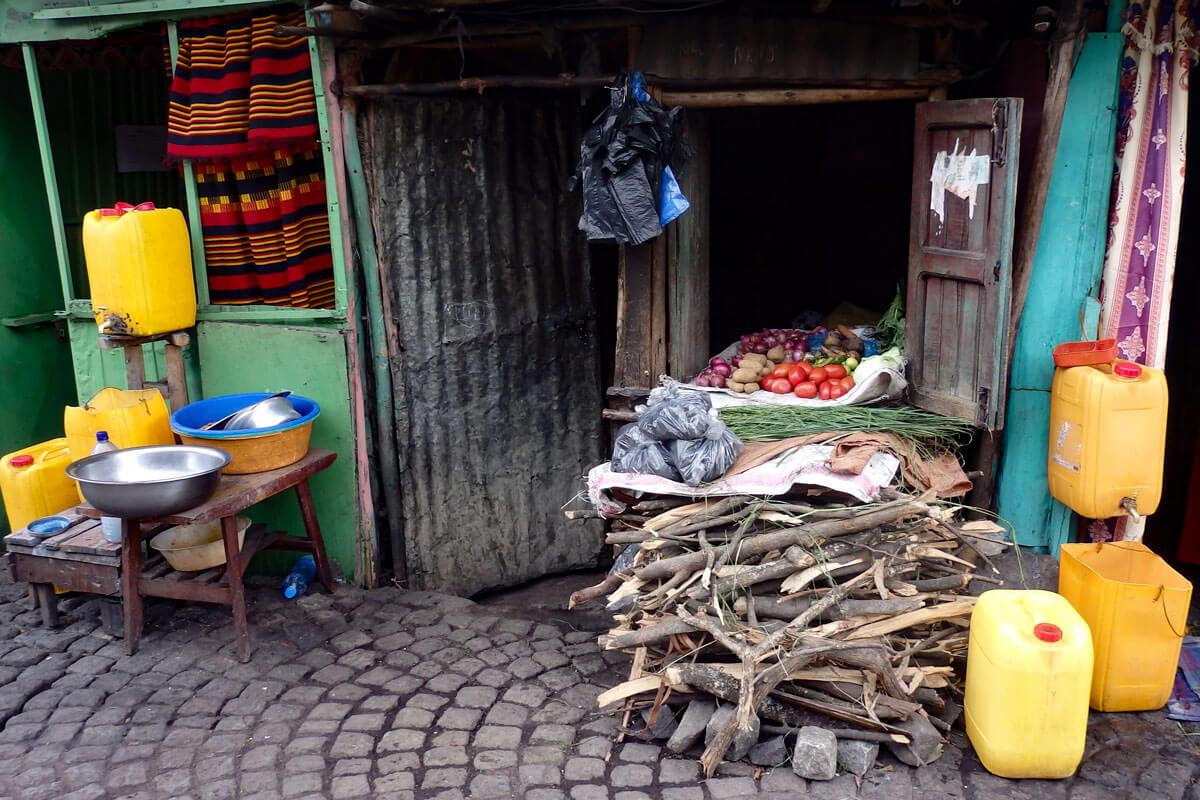 students-street-addis-ababa-ethiopia-restaurant-adventuresinethiopia-
