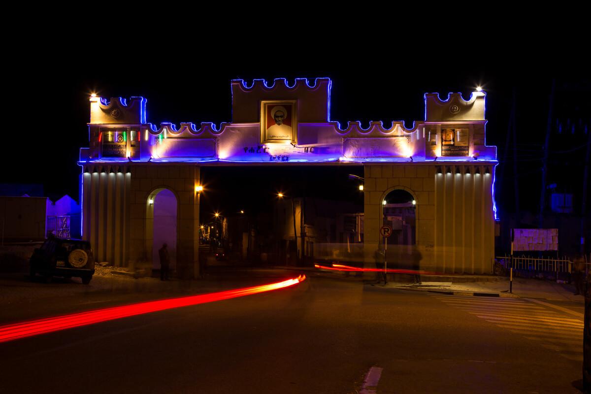 harar-gate-old-city-night-light-sreet-ethiopia-adventuresinethiopia