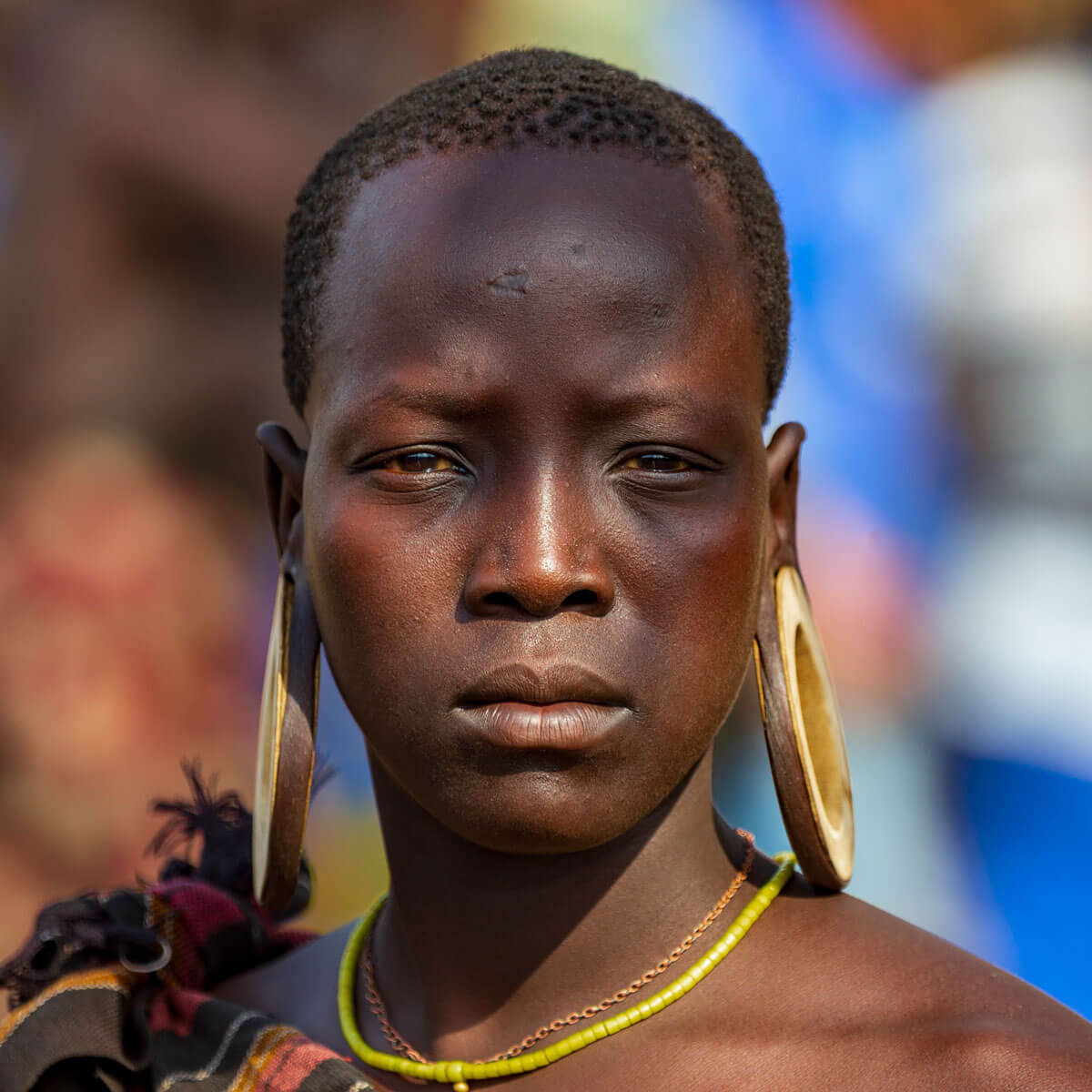 Ethiopia_mursi_tribe_surma_girl_omo_valley_Africa_country_village_traveling_tour_adventuresinethiopia
