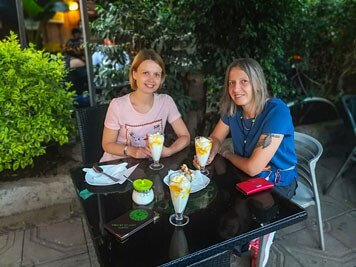 Addis Ababa-restaurant-coffee-bar-dinner-jogurt-juice-fresh-traveling-adventure-Africa
