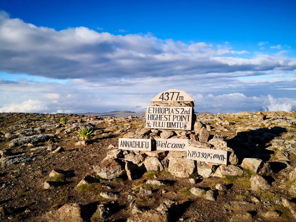 Ethiopia-Tulu Dimtu-Sanetti-plateu-Adventure-traveling-trekking-landscape